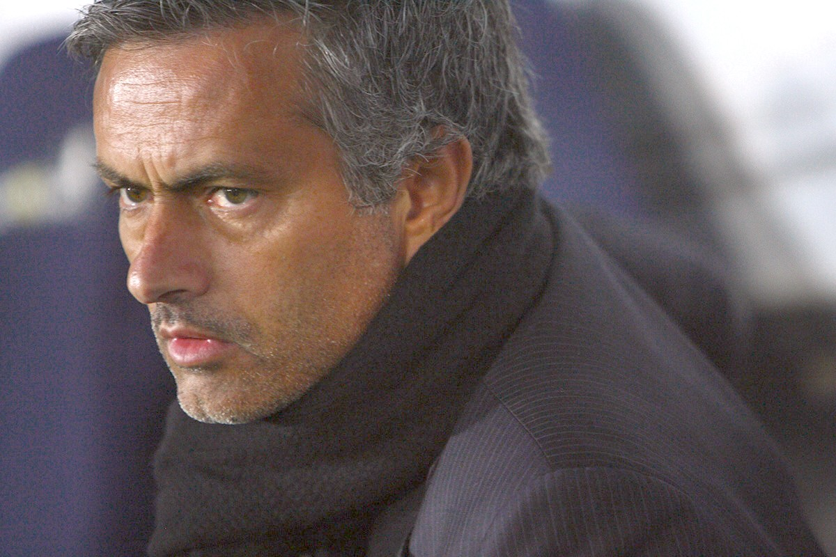 Chelsea Fans: We love you Jose! But stop alienating us
