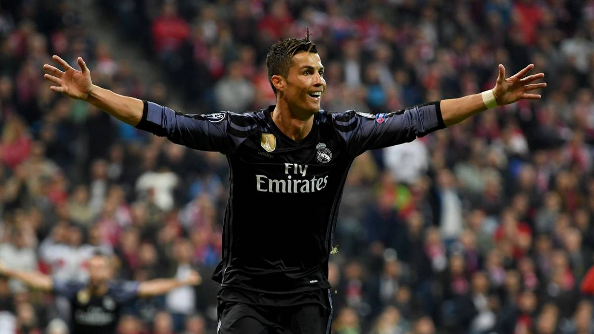 source : en.as.com Ronaldo celebrates his second as Real Madrid shoots down Bayern Munich