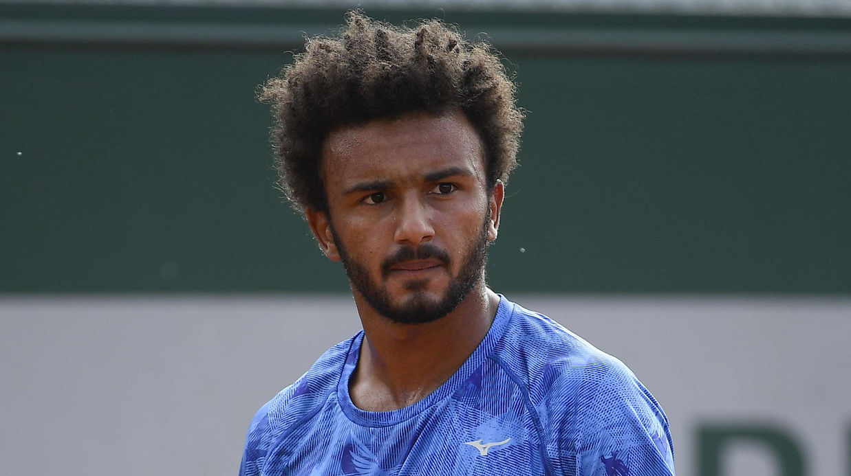 Tennis player banned for groping