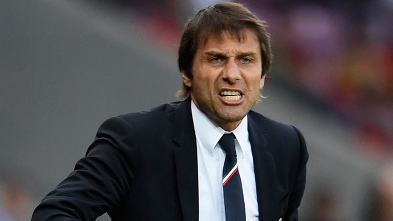 Antonio Conte gets sent off
