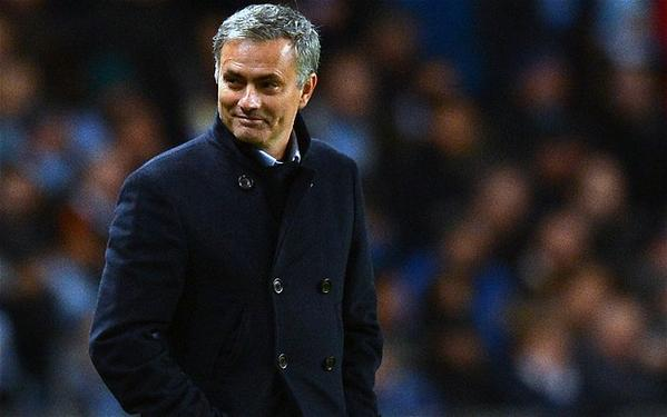 Manchester United to fend off Chelsea