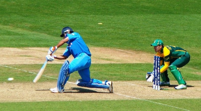 MS Dhoni practices ahead of Asia Cup