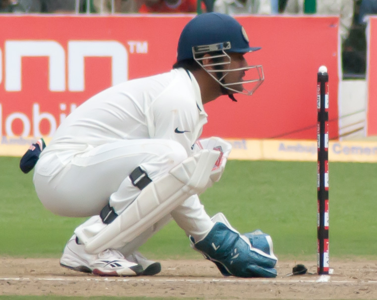 MS Dhoni unhappy with Dinesh Karthik's overthrow
