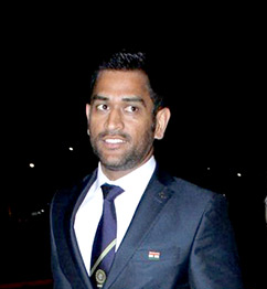MS Dhoni promotes Soundlogic with a tweet