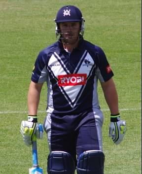 Australia eyeing No. 1 T20I position