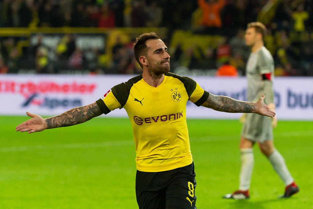 Alcacer signs for Dortmund