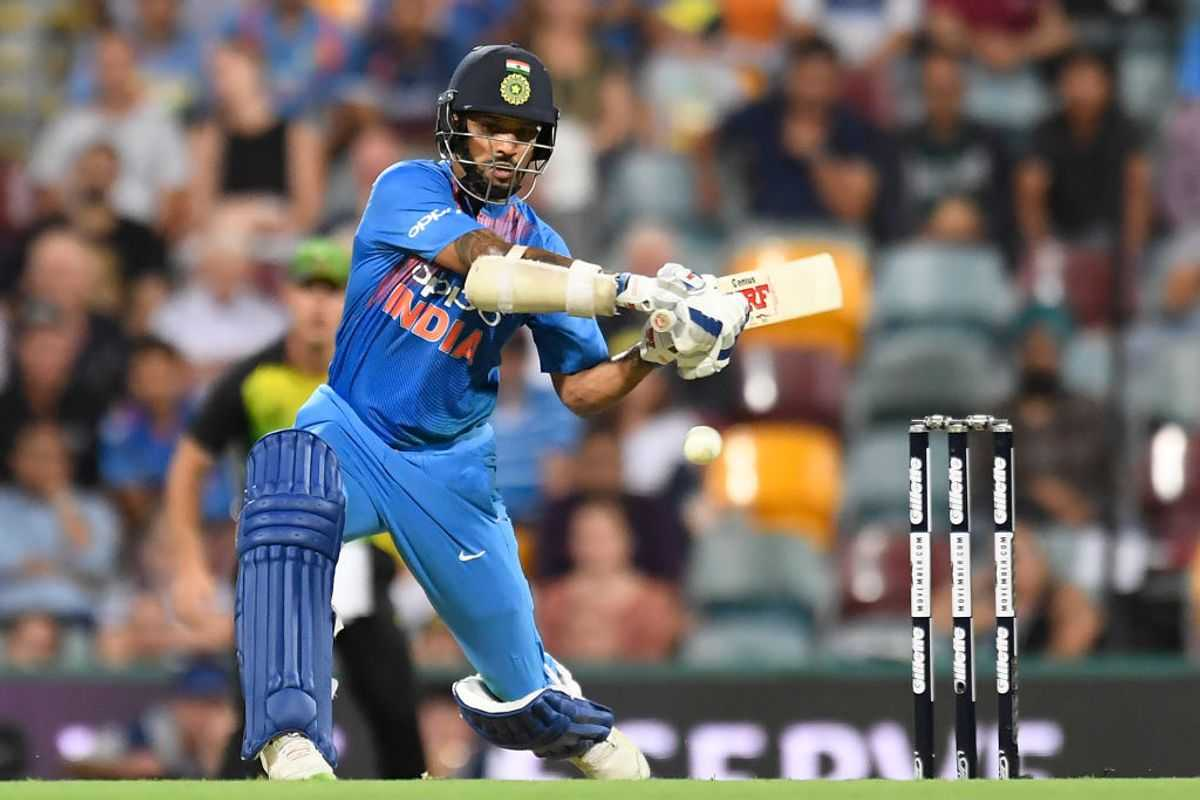 Shikhar Dhawan hilariously answers reporters' questions
