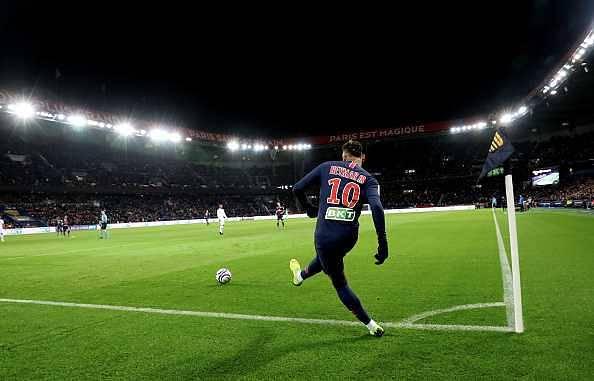 Neymar set to miss Man Utd clash