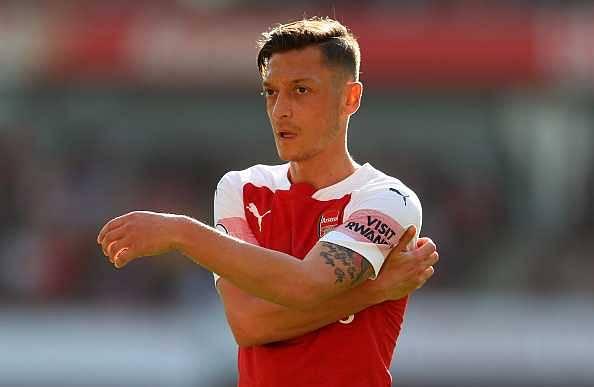 Mesut Ozil decides his Arsenal future