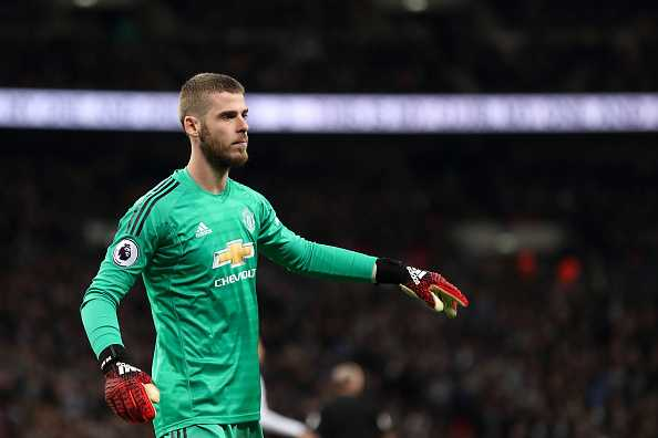 David Dea Gea contract extension stalled by his agent