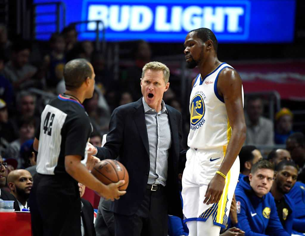 WATCH: Steve Kerr ejected after going on a F-bomb spree, releases statement