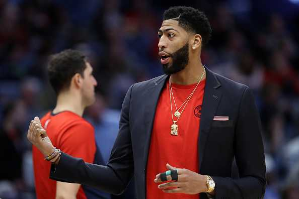 Pelicans prepare counter-offer for Lakers