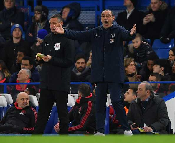 Maurizio Sarri to stay as Chelsea boss
