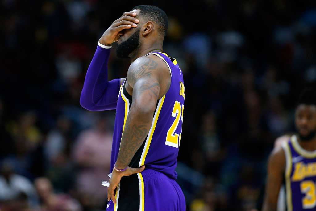 New Orleans Pelicans troll Magic Johnson and LeBron James after win against Lakers
