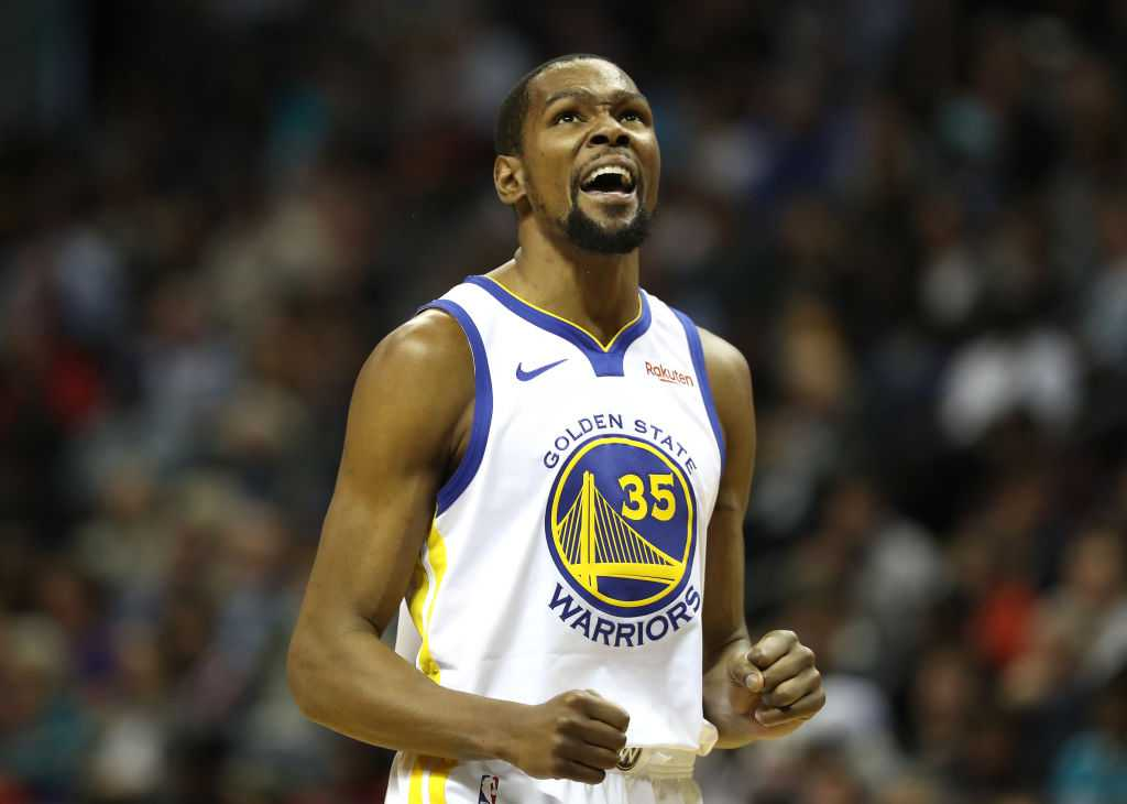 Kevin Durant Warriors jerseys at 75% off; Knicks move on the cards