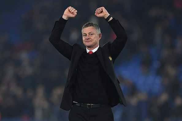Man united shortlist three players