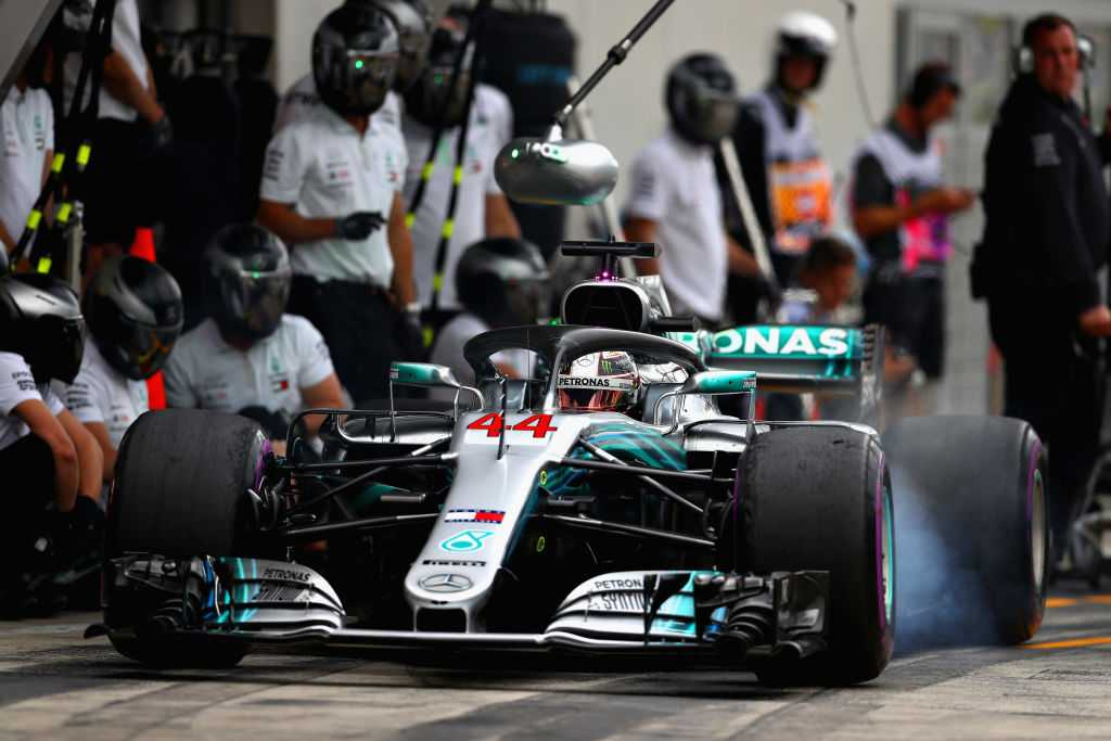 AUDIO: Mercedes fire up W10 engine for first time ahead of F1 2019 season