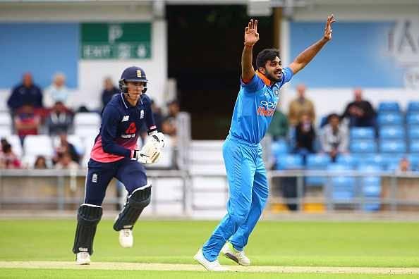 Twitter reactions on Vijay Shankar's inclusion