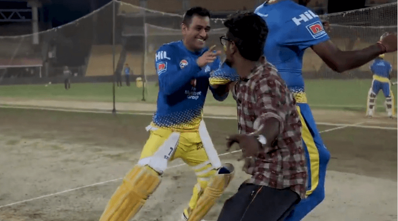 MS Dhoni runs away from an invader