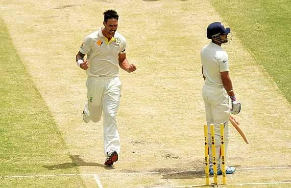 Mitchell Johnson taunts a Virat Kohli fan