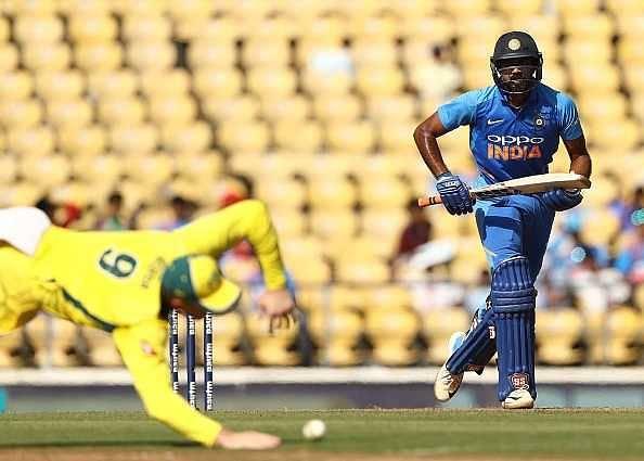 Twitter reactions on Vijay Shankar's 46 in 2nd ODI