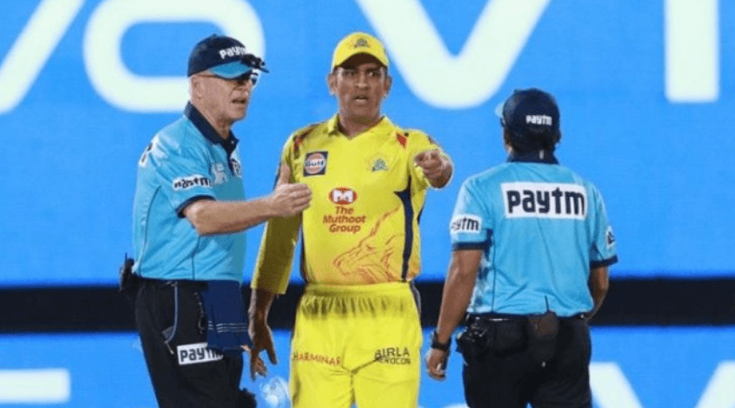 Why MS Dhoni was wrong in arguing with umpires