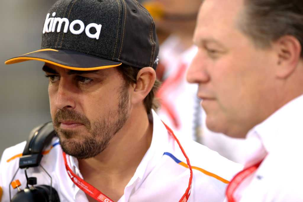 Fernando Alonso's reaction on Charles Leclerc losing the lead at the Bahrain GP- Watch