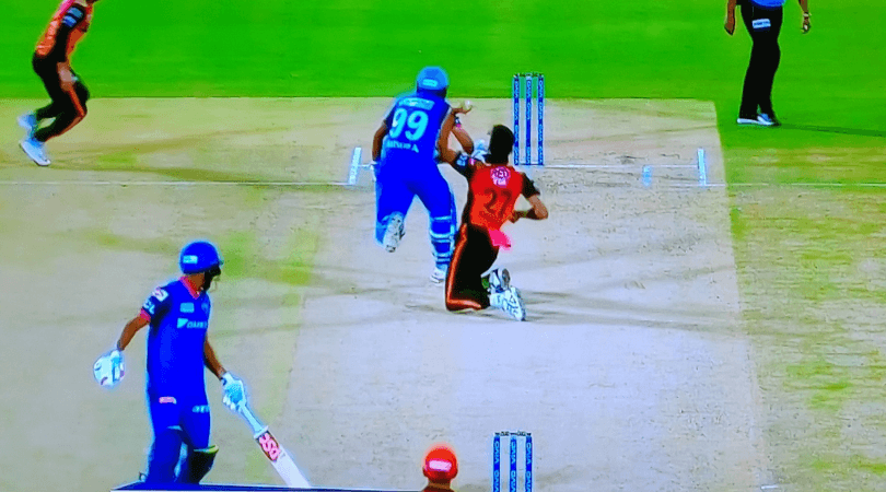 Amit Mishra run out obstructing the field: Watch DC bowler given out for changing direction in DC vs SRH