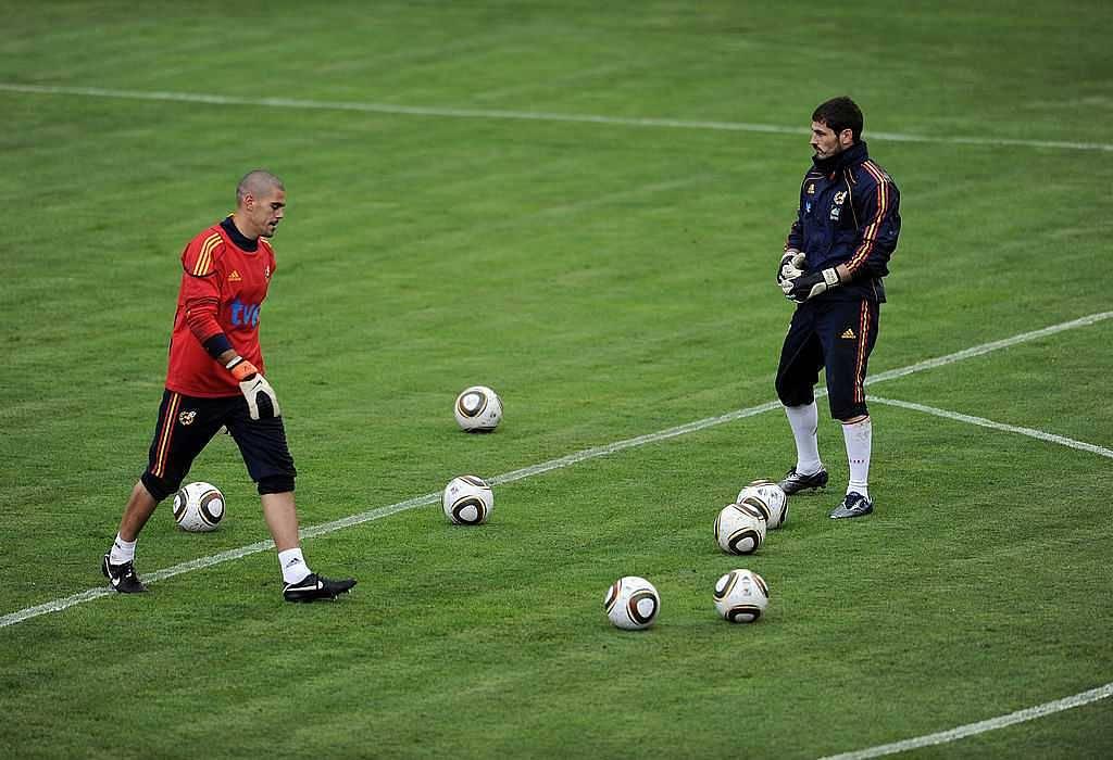 Iker Casillas heart attack: Victor Valdes pens an emotional letter to former national teammate