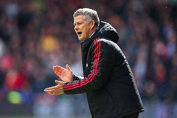 Man Utd Transfer News: Solskjaer sets deadline to sell multiple players including Ashley Young