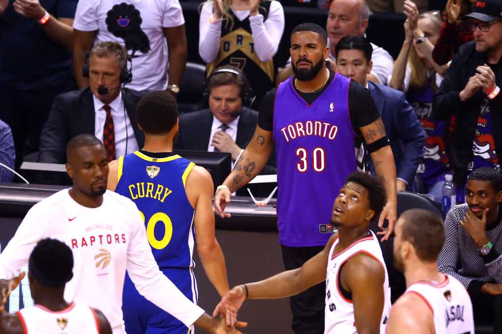 Drake-Draymond trash talk: Watch Draymond and Drake go at it after Raptors win in Game 1 of NBA Finals