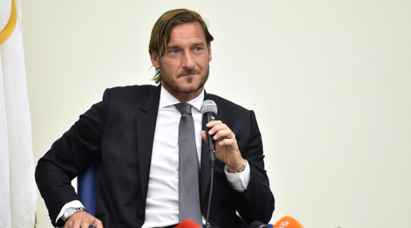 Francesco Totti resigns: Roma legend quits as club director, says it feels like dying