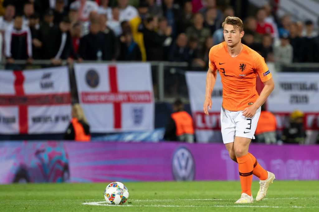 Matthijs De Ligt: Agent wants defender to choose Liverpool over Manchester United