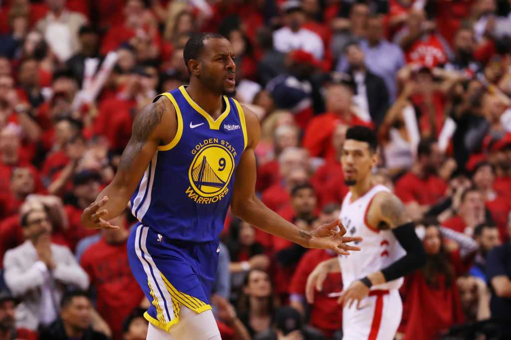 Andre Iguodala hits clutch 3 to win it for Warriors vs Raptors in Game 2 of the NBA finals