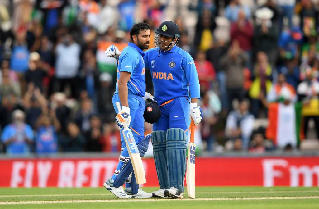WATCH: MS Dhoni makes way for Rohit Sharma to leave the field first in wonderful gesture