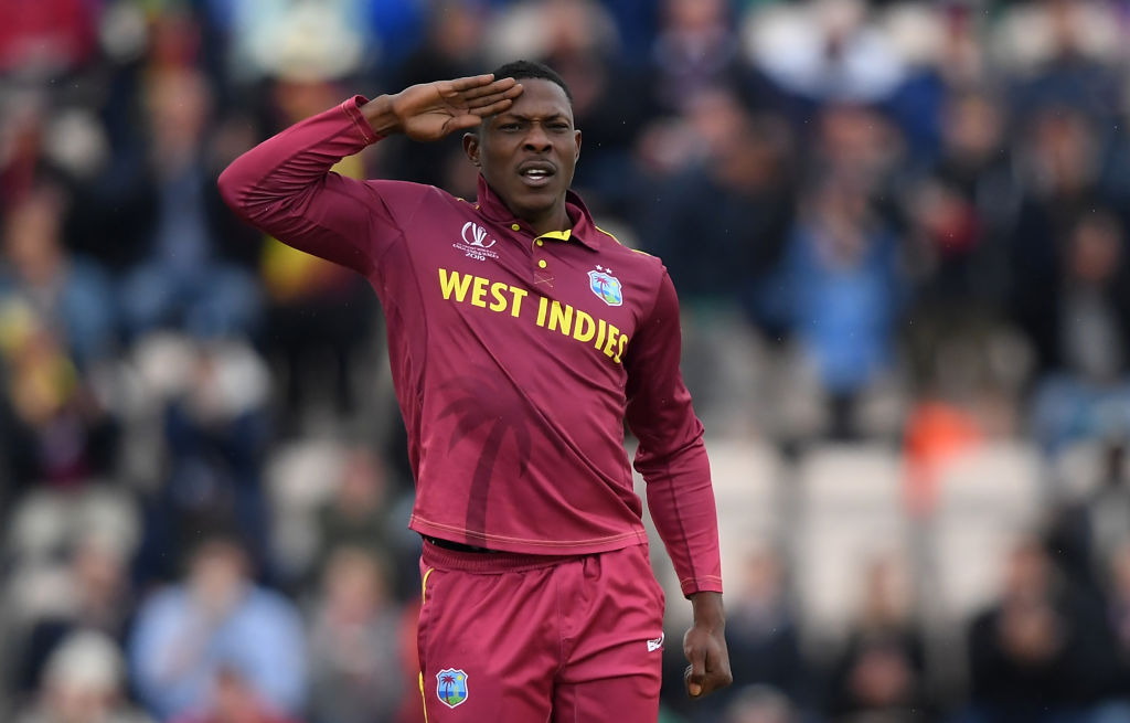 WATCh: Sheldon Cottrell replies with amazing gesture towards couple of young fans emulating his Cottrell salute