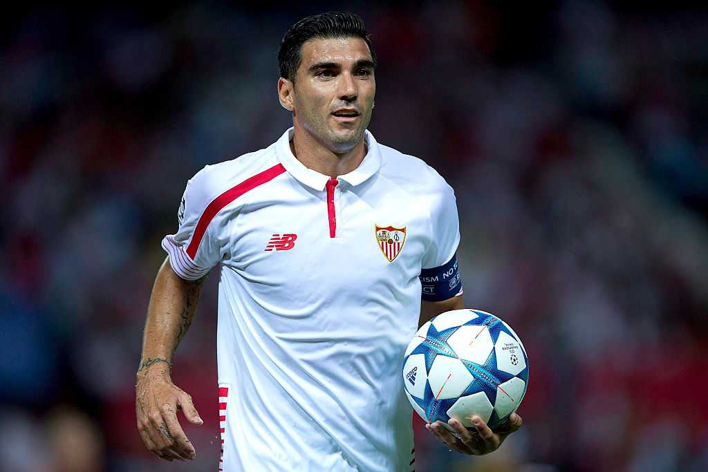 Jose Antonio Reyes: Spanish player was driving car at 147 mph before crash