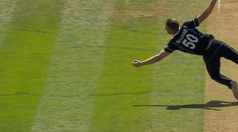 James Neesham catch vs Australia: Watch New Zealand all-rounder grabs supreme catch to dismiss Glenn Maxwell vs Australia