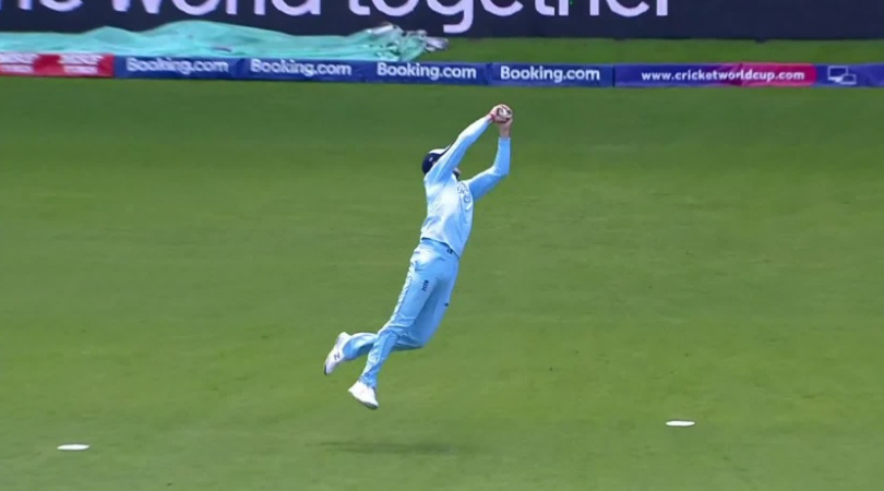 Joe Root catch vs Sri Lanka: Watch English fielder grabs incredible catch to dismiss Dhananjaya de Silva | 2019 Cricket World Cup