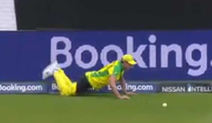 WATCH Pat Cummins pant come off while trying to save the boundary during Australia vs Pakistan match   Cricket World Cup 2019