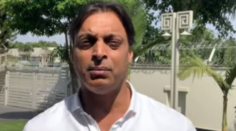 WATCH: Shoaib Akhtar defends Sania Mirza after fans criticize her for Shoaib Malik's poor performance vs India
