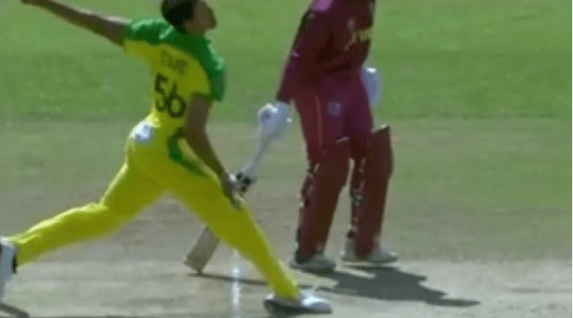 Chris Gayle umpire controversy: WATCH Mitchell Starc's No-Ball going unnoticed; robs Gayle of his wicket
