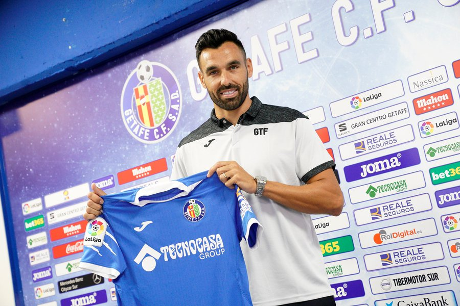 Inspirational Enric Gallego signs for Getafe aged 32