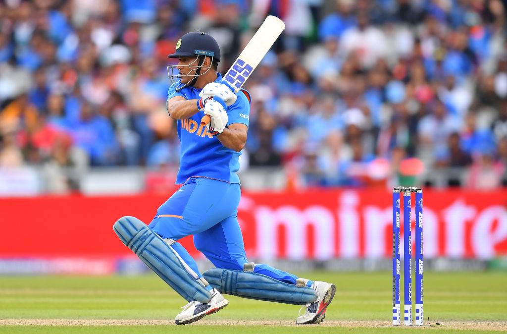MS Dhoni requested not to retire by Indian Team management; want him to groom Rishabh Pant as mentor