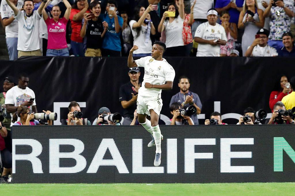 Watch: Real Madrid's Rodrygo Goes makes Bayern Defender Niklas Sule look foolish with a stunning free kick
