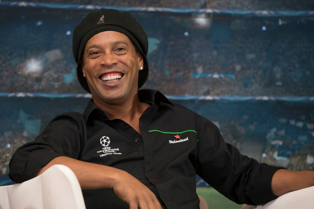 Ronaldinho's coach at Atletico Mineiro recounts hilarious excuse by the star for coming late