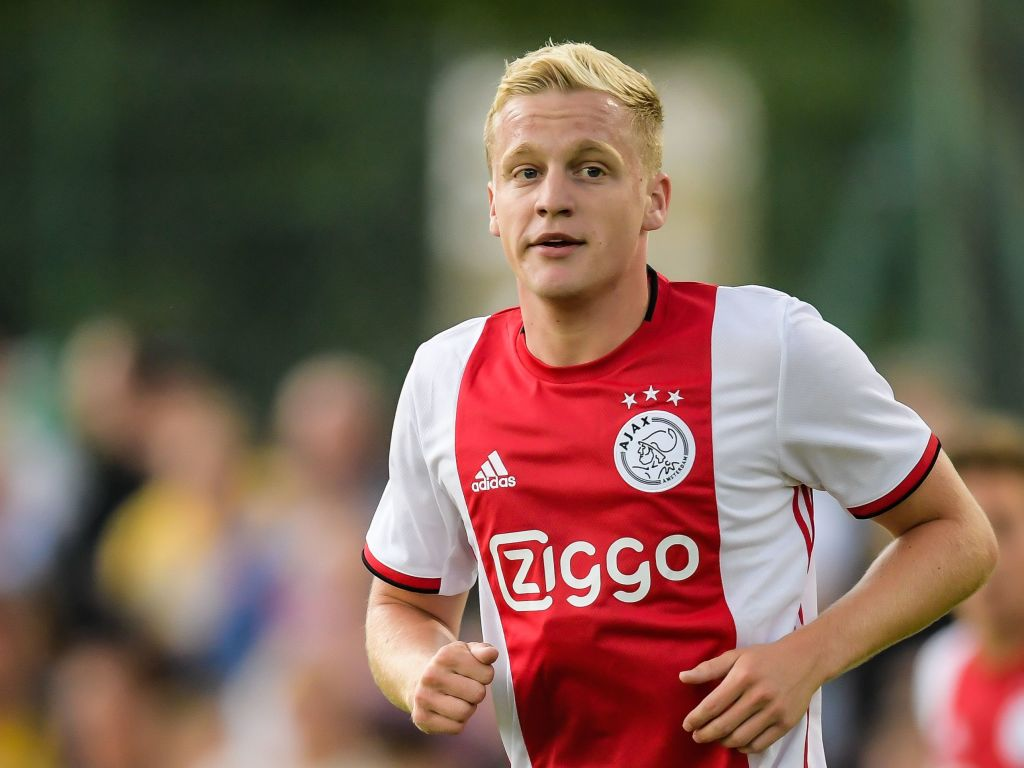 Real Madrid Transfer News : Ajax and Real Madrid agree a deal for Donny Van De Beek