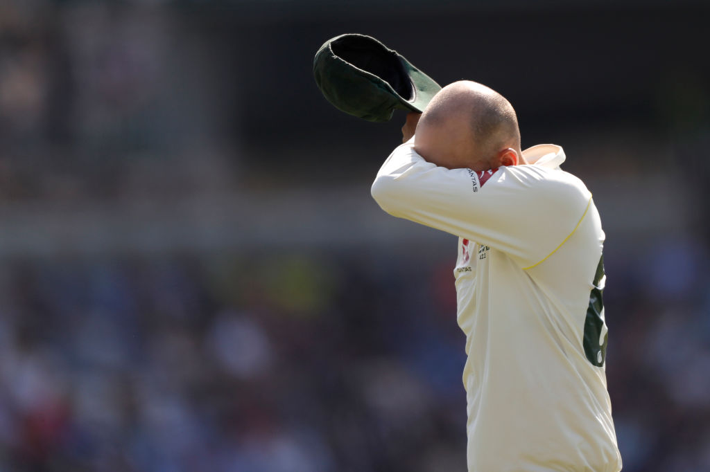 Nathan Lyon misses Jack Leach run-out: Watch Australian spinner's fumble under pressure costs Australia Headingley Test