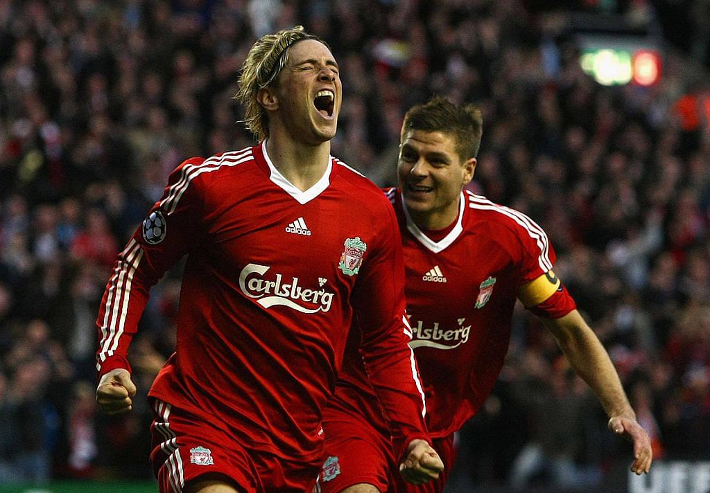 Steven Gerrard makes an emotional video for Fernando Torres on his retirement
