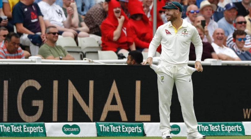 """WATCH: David Warner responds with empty pockets after English crowd chants """"He's got sandpaper in his hands"""""""